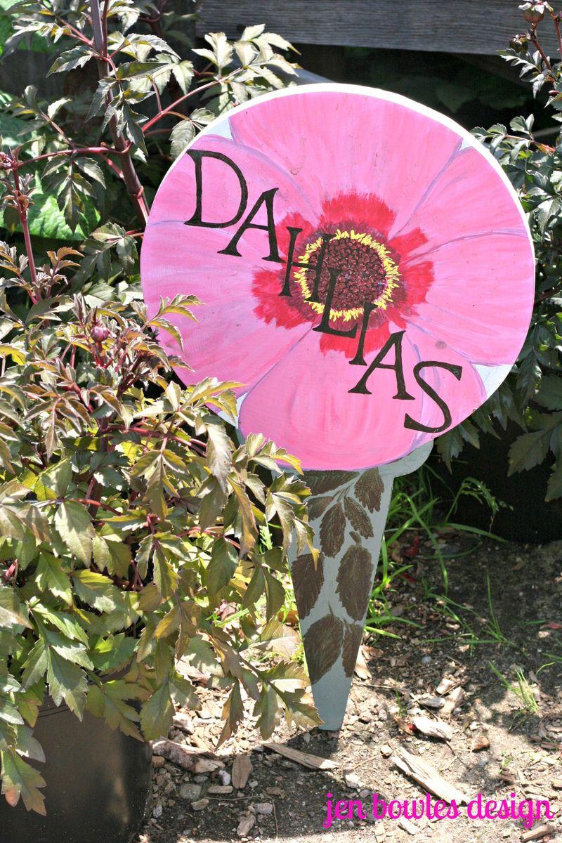 Dahlias sign