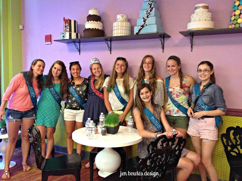 Cupcake Crawl Cakeology group in