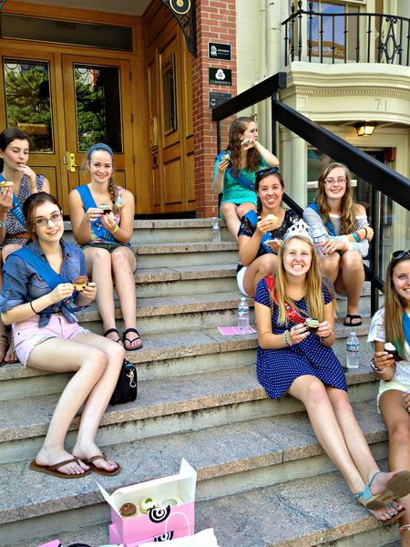 Cupcake Crawl Georgetown path