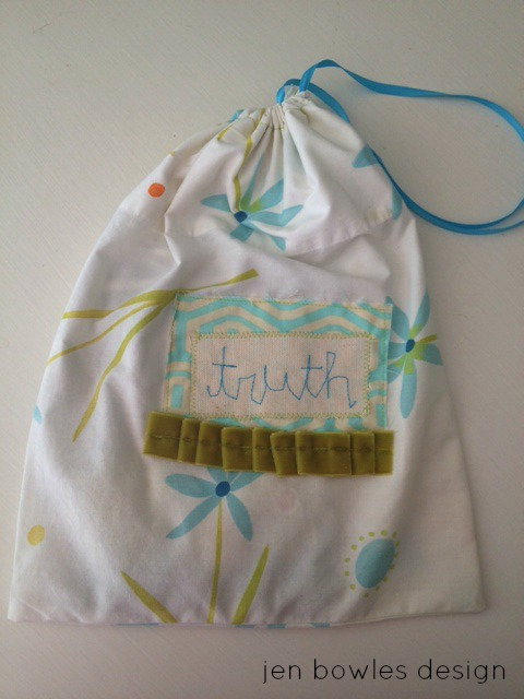 Truth card bag